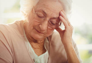Senior Care in Los Banos CA: Tips for Caring for a Senior Suffering From a Migraine